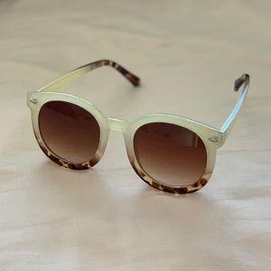 👀 Free People Sunglasses